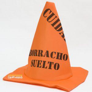 "GORRO CONO BORRACHO – Gorro en forma de cono leyenda ""borracho suelto"""